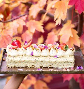 Polenta and Pistachio Cake