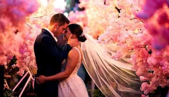High School Sweethearts & Gelato Carts: The Grounds Wedding